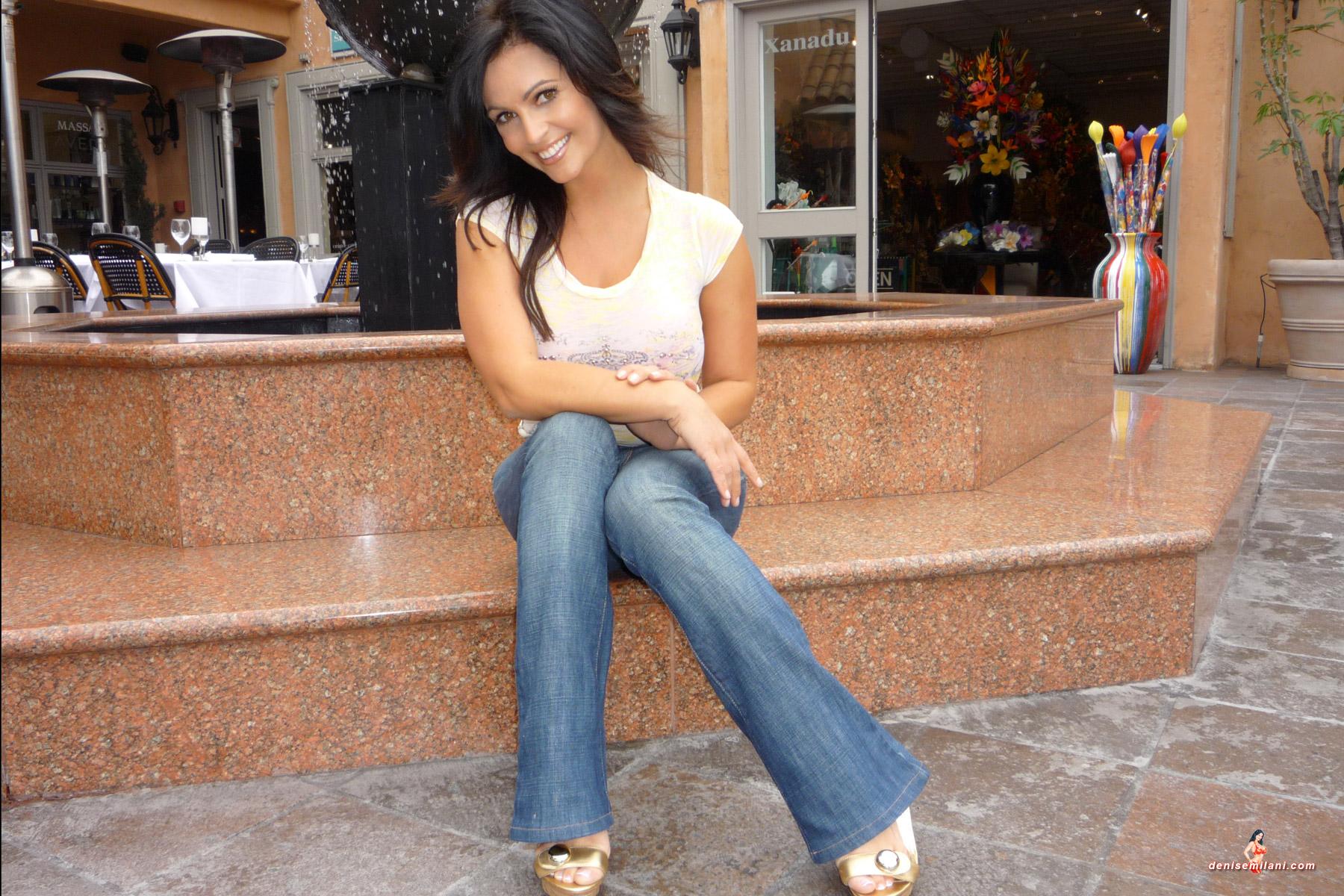 Denise Milani Kills In Jeans | planetdenise
